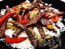 Рецепта Телешко със зеленчуци и оризови нудъли